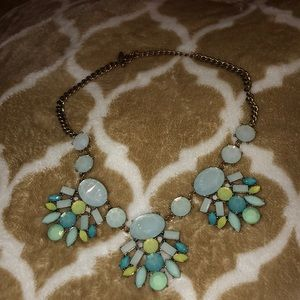 Jewelry - Beautiful Turquoise Statement Necklace